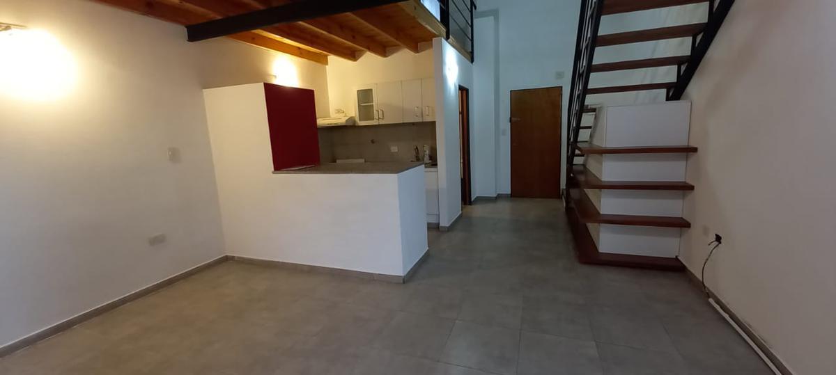 Foto Departamento en Venta en  Plaza Rocha,  La Plata  68 e/ 6 y 7