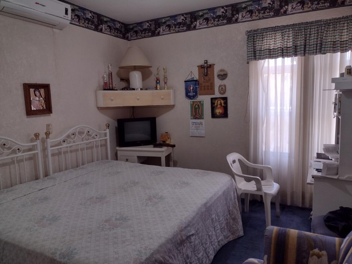 Foto Casa en Venta en  Centro,  Guasave  CASA EN VENTA. 3 RECAMARAS, EN CALLE S. DEGOLLADO, COL. CENTRO, A UNA CUADRA DE HOTEL SEMBRADOR, GUASAVE, SIN.