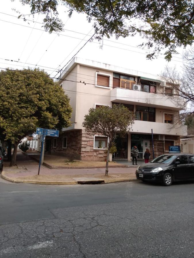Foto Departamento en Venta en  Parque Velez Sarsfield,  Cordoba Capital  Pque. Vélez Sarsfield - Exc. Ubicación - Dpto dos dorm - Escritura