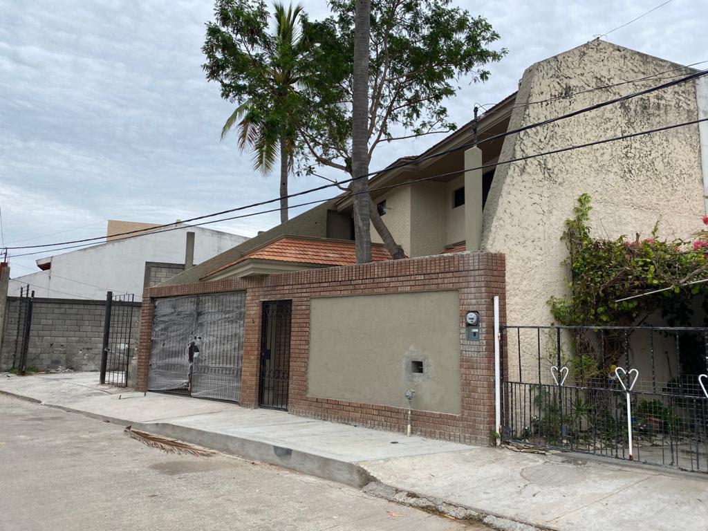Foto Casa en Venta en  Francisco Javier Mina,  Tampico  Preciosa residencia en Tampico Tamps.