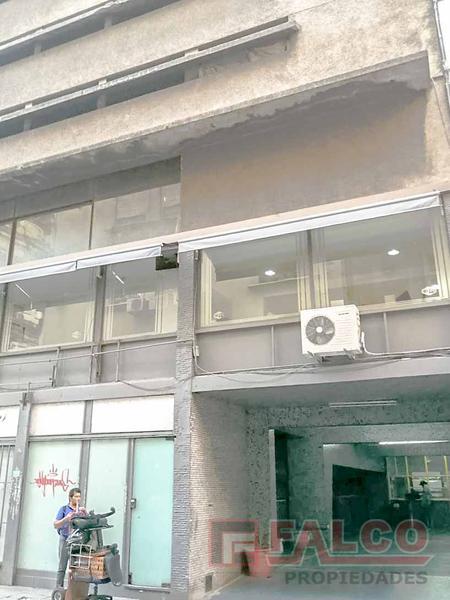 Foto Cochera en Venta en  Retiro,  Centro  Marcelo T de Alvear al 600
