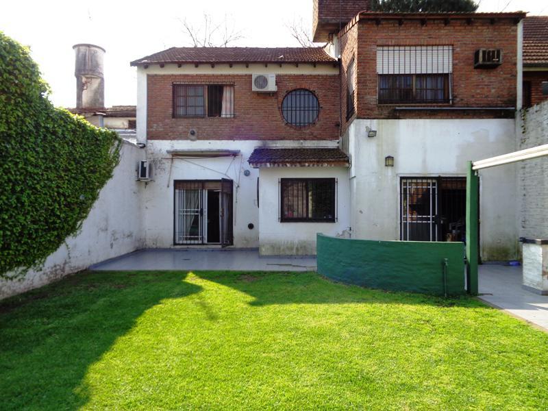Foto Casa en Venta en  Martinez,  San Isidro  Prilidiano Pueyrredón al 3100