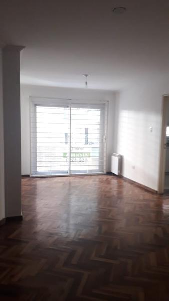Foto Departamento en Alquiler en  Nueva Cordoba,  Capital  DPTO 2 DORMITORIOS -montevideo al 200