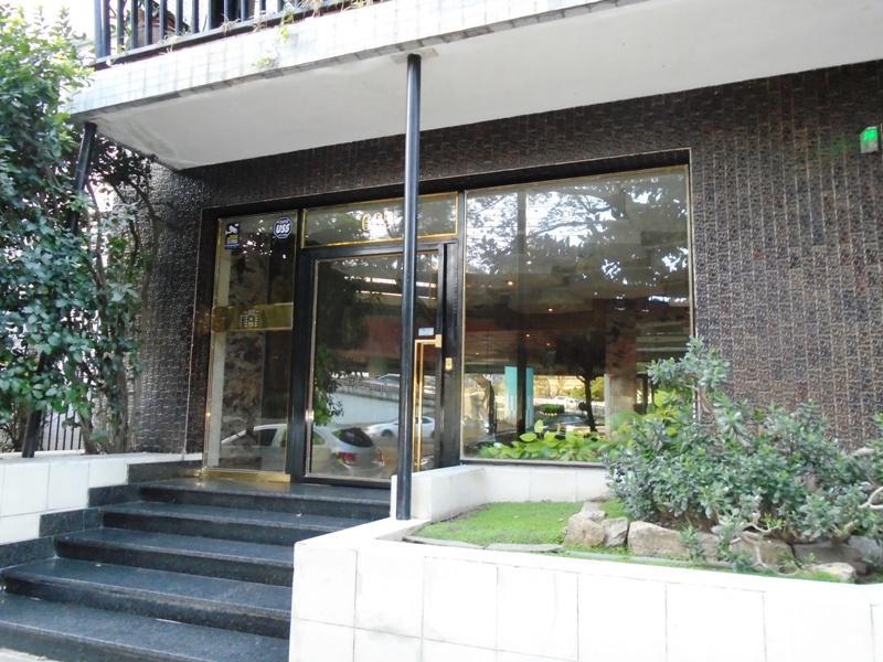 Foto Departamento en Venta en  V.Lopez-Maipu/ Río,  Barrio Vicente López  Zufriategui al 600