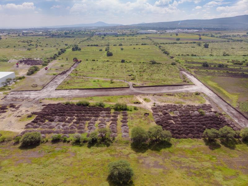 Foto Oficina en Venta   Renta en  Fraccionamiento Lomas de Balvanera,  Corregidora  RENTA/VENTA BODEGA INDUSTRIAL EN BALVANERA QRO. MX.