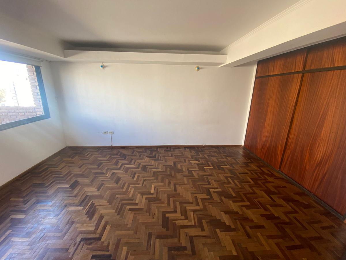 Foto Departamento en Alquiler en  Nueva Cordoba,  Cordoba Capital  Ambrosio Olmos al 700