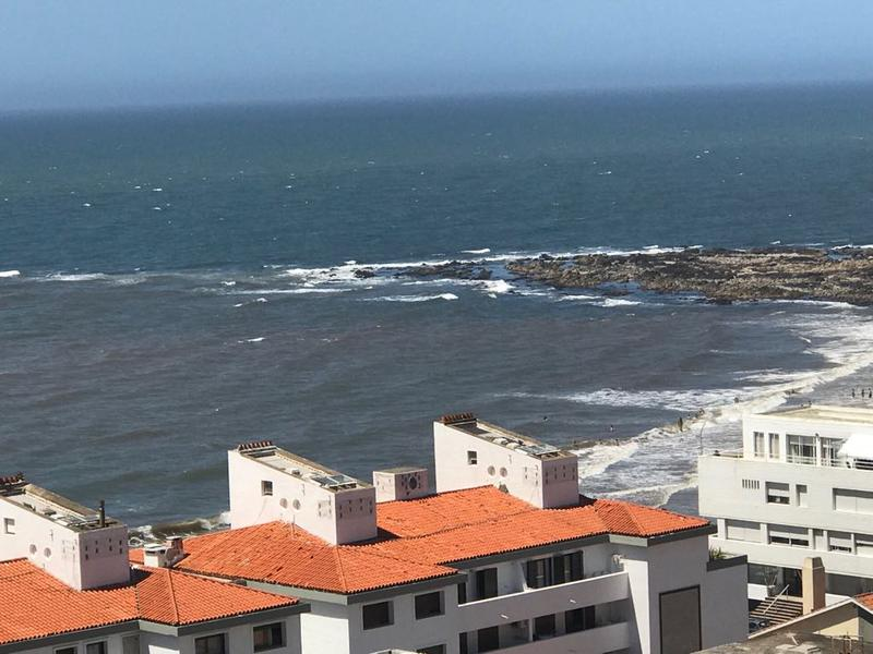 Foto Departamento en Alquiler temporario en  Península,  Punta del Este  Av. Gorlero y la 30