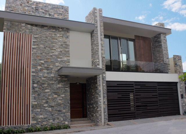 Foto Casa en Venta en  Del Valle,  San Pedro Garza Garcia  Casa en Venta en Priv Tamazunchale en Col del Valle (LJGC)