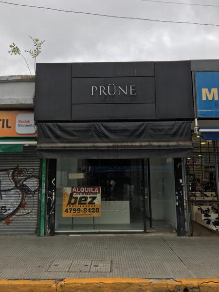 Foto Local en Alquiler en  San Isidro ,  G.B.A. Zona Norte  Belgrano al 100