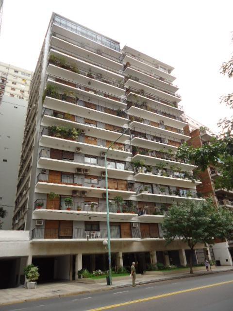 Foto Departamento en Venta en  Belgrano ,  Capital Federal  3 Ambientes C/ Dependencia. Mucha Luz! Espacio Guarda Coche - Av Luis  María Campos 1400 - Belgrano