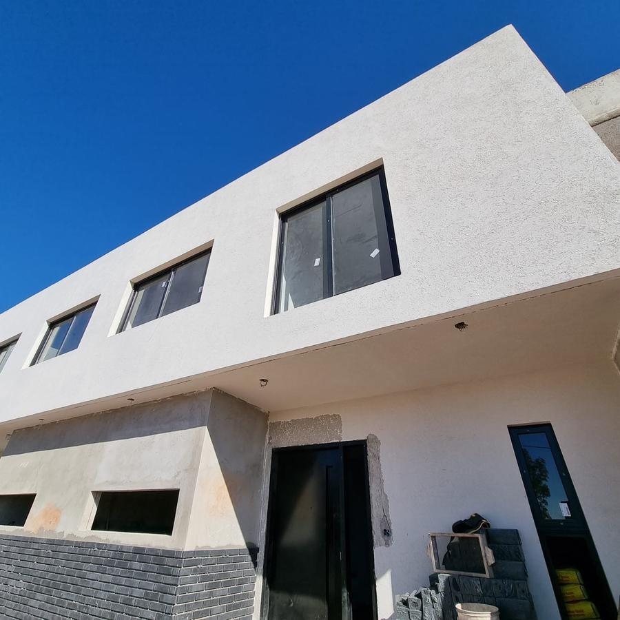 Foto Casa en Venta en  Lomas de Manantiales,  Cordoba Capital  Pistonala 4400