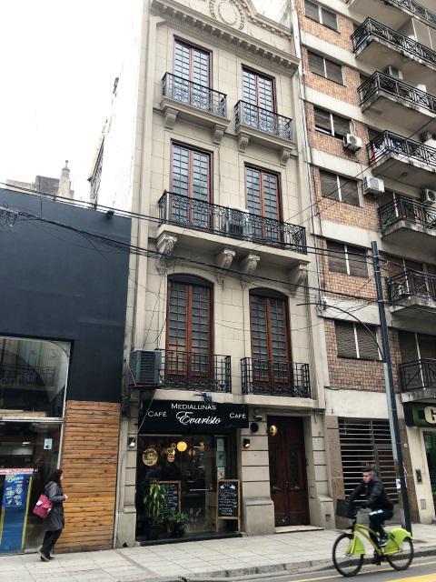 Foto Edificio Comercial en Venta en  Barrio Norte ,  Capital Federal  Uriburu y Marcelo T de Alvear