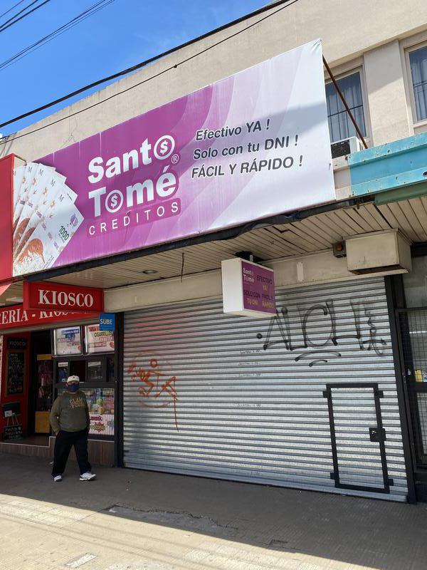 Foto Local en Alquiler en  Lomas de Zamora Oeste,  Lomas De Zamora  HIPOLITO YRIGOYEN 8907