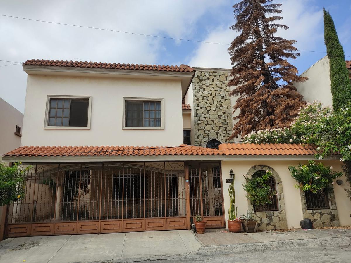 Foto Casa en Venta en  Portal de Cumbres,  Monterrey  Portal de Cumbres