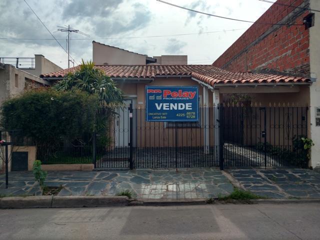 Foto Casa en Venta en  Remedios De Escalada,  Lanus  Cecconi 4000