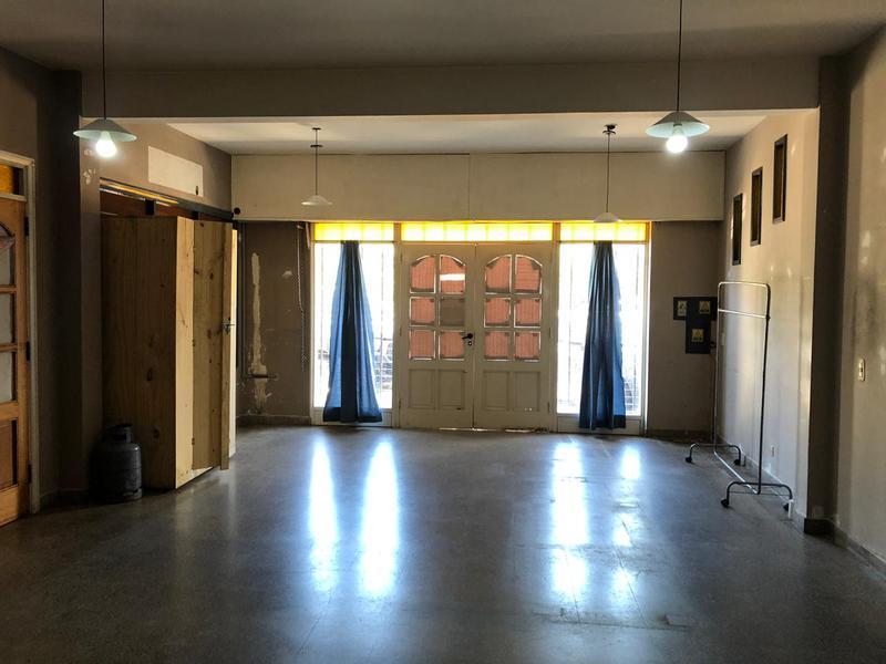 Foto Local en Alquiler en  Esc.-B.Belen,  Belen De Escobar  Ruta 25 2055