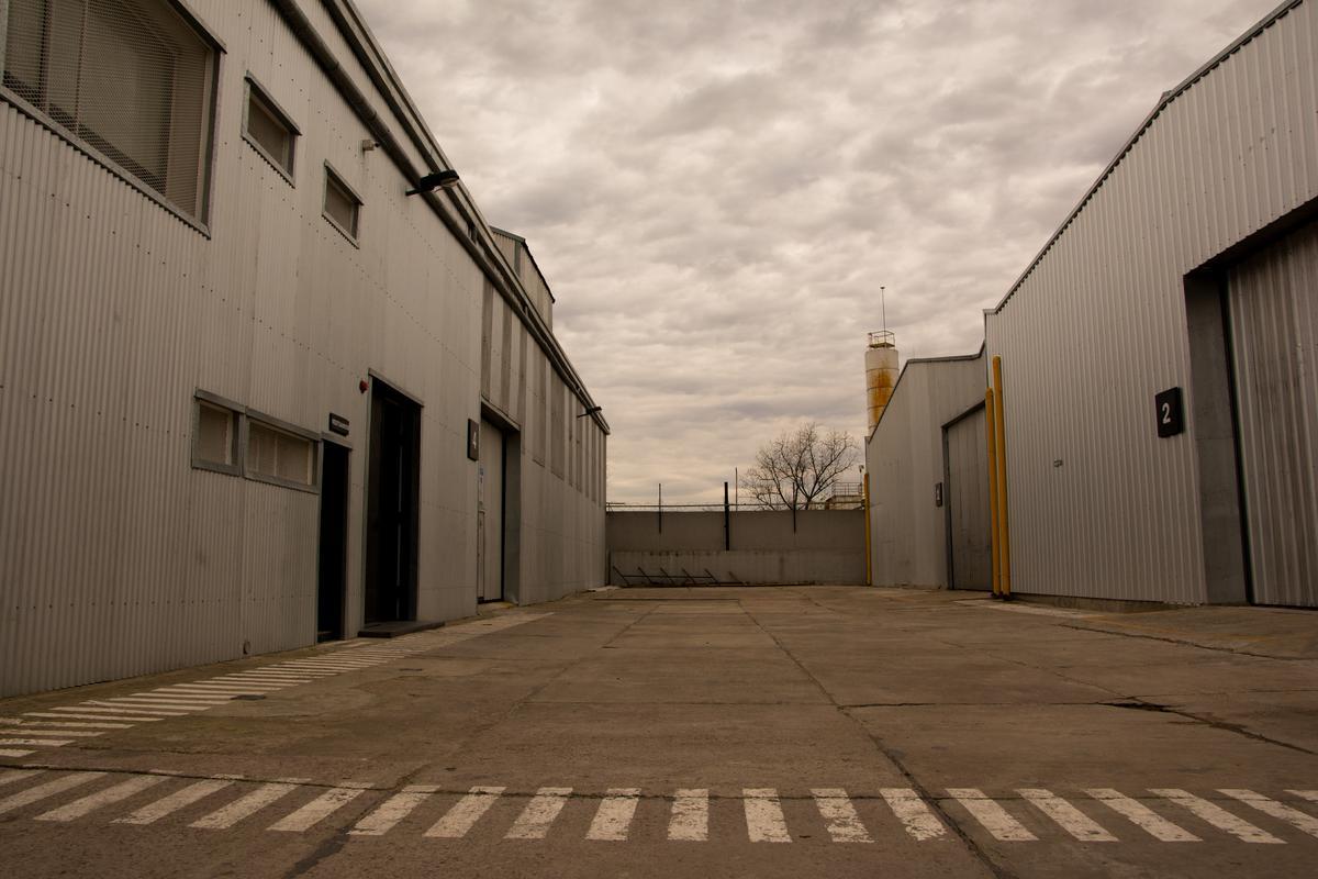 Foto Depósito en Alquiler en  Don Torcuato,  Tigre  Arata al 300