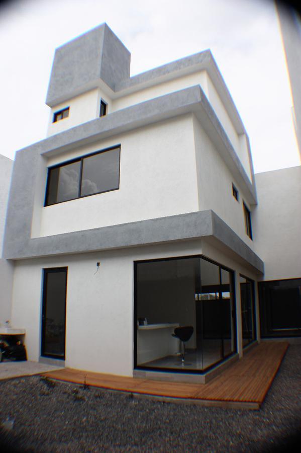 Foto Casa en Venta en  Fraccionamiento Nuevo Juriquilla,  Querétaro  Calle Xcaret Grand Juriquilla