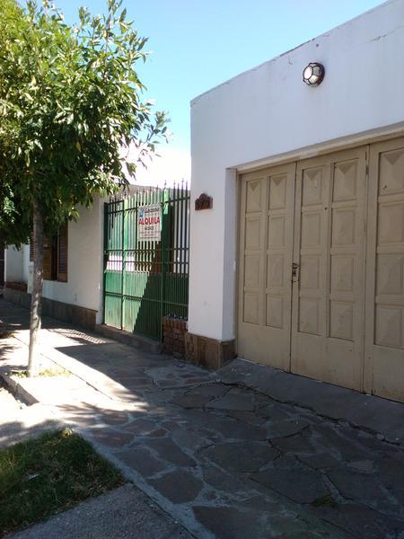 Foto Casa en Alquiler en  Trelew ,  Chubut  Azopardo al 500