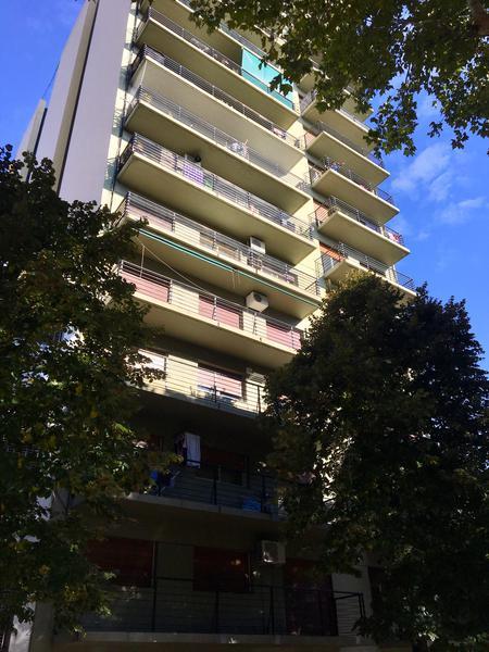 Foto Departamento en Venta en  La Plata,  La Plata  51 E/ 15 y 16