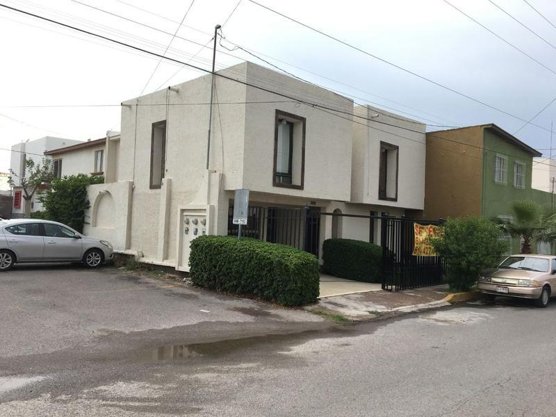 Foto Casa en Venta en  Zona industrial Virreyes Industrial,  Saltillo  Casa Recamara en 1a. Planta