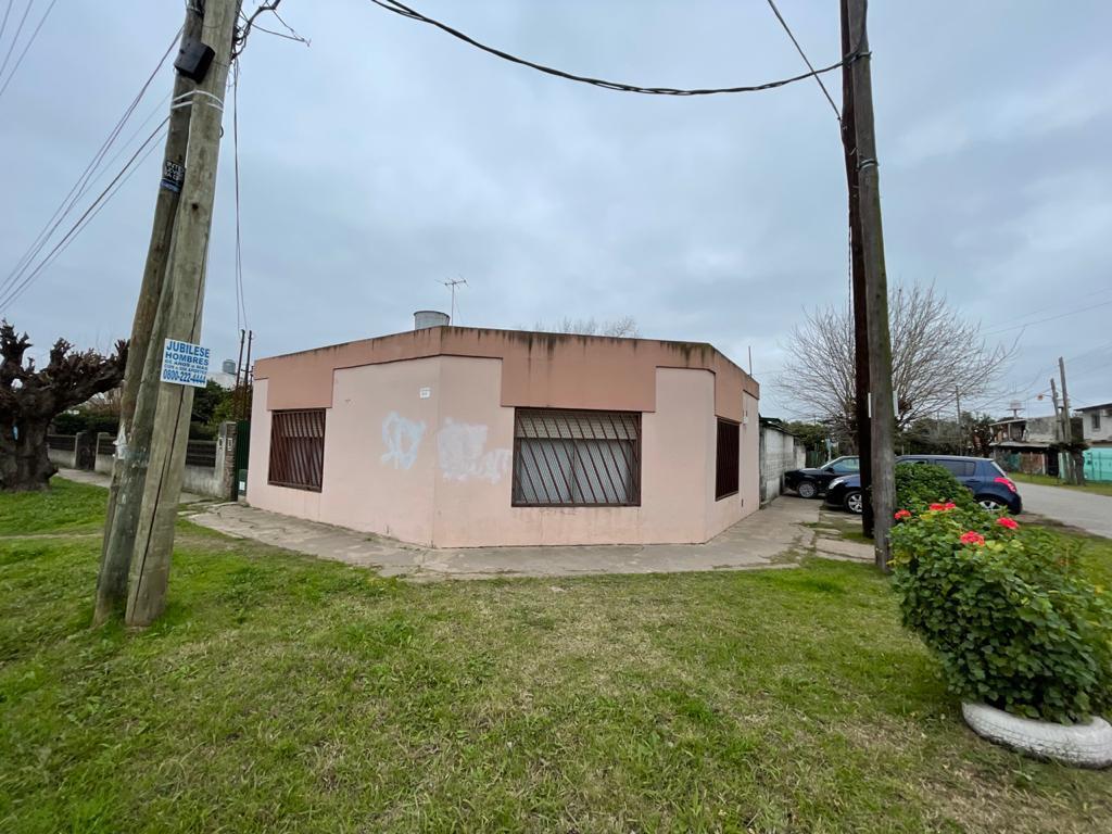 Foto Casa en Venta en  Trujui,  Moreno  PERU al 8400