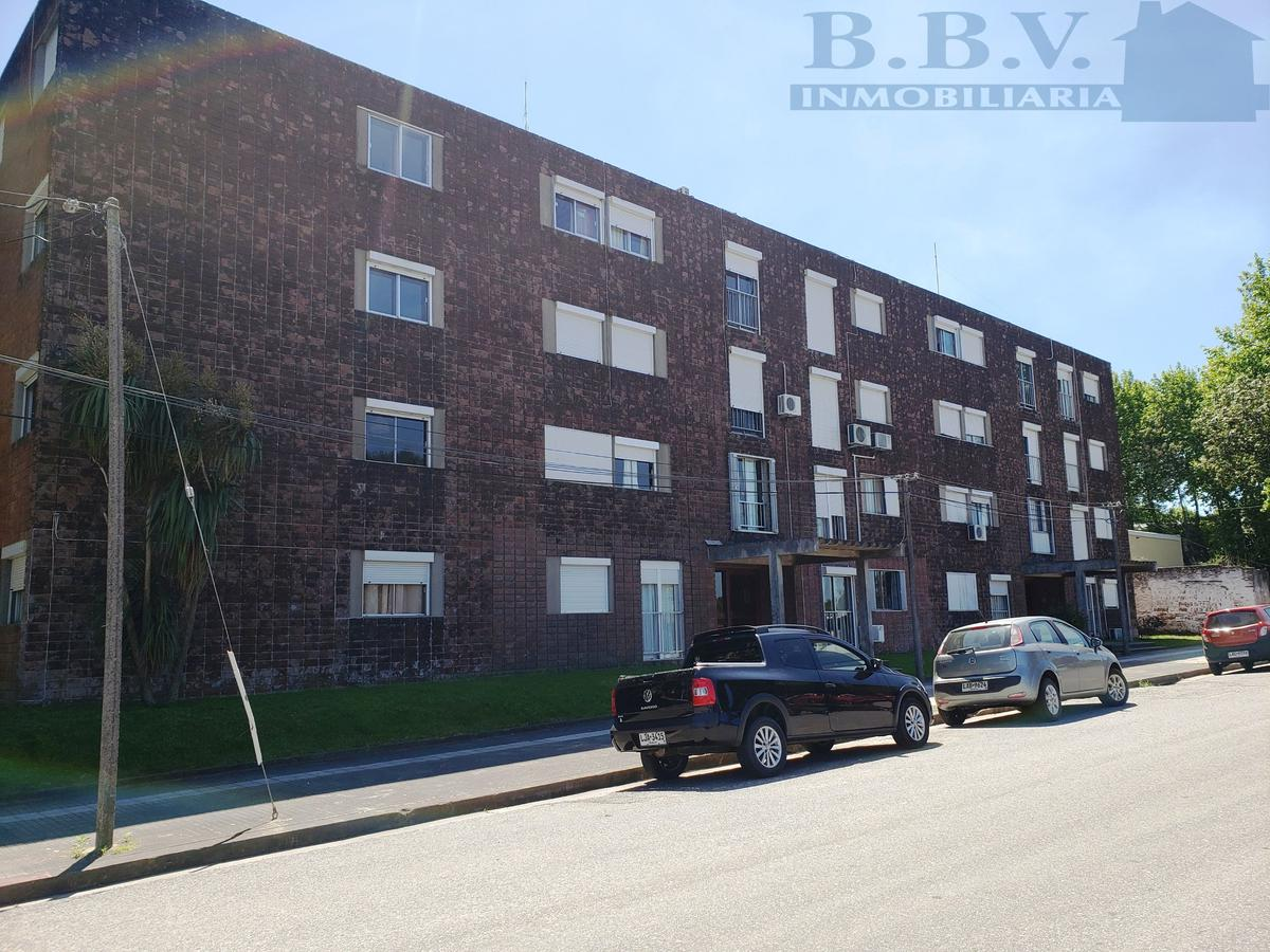 Foto Apartamento en Venta en  Colonia del Sacramento ,  Colonia  Odriozola esq. W. Barbot