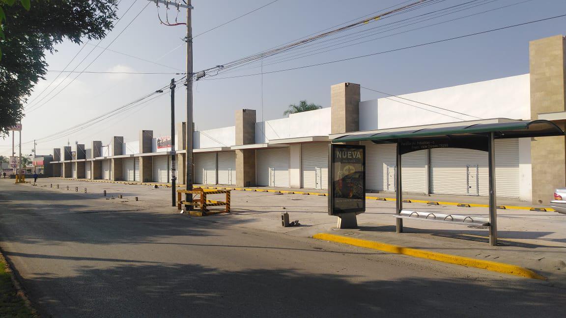 Foto Local en Renta en  San Luis Potosí ,  San luis Potosí  LOCALES COMERCIALES EN RENTA EN AV. INDUSTRIAS, SAN LUIS POTOSI