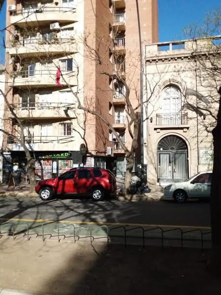 Foto Departamento en Alquiler en  Nueva Cordoba,  Cordoba Capital  Bv. Chacabuco al  1117