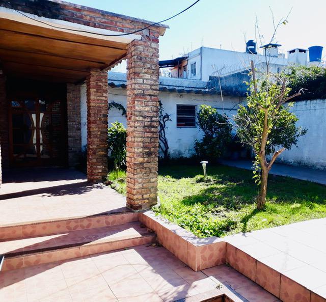 Foto Casa en Venta en  Buceo ,  Montevideo  Buceo