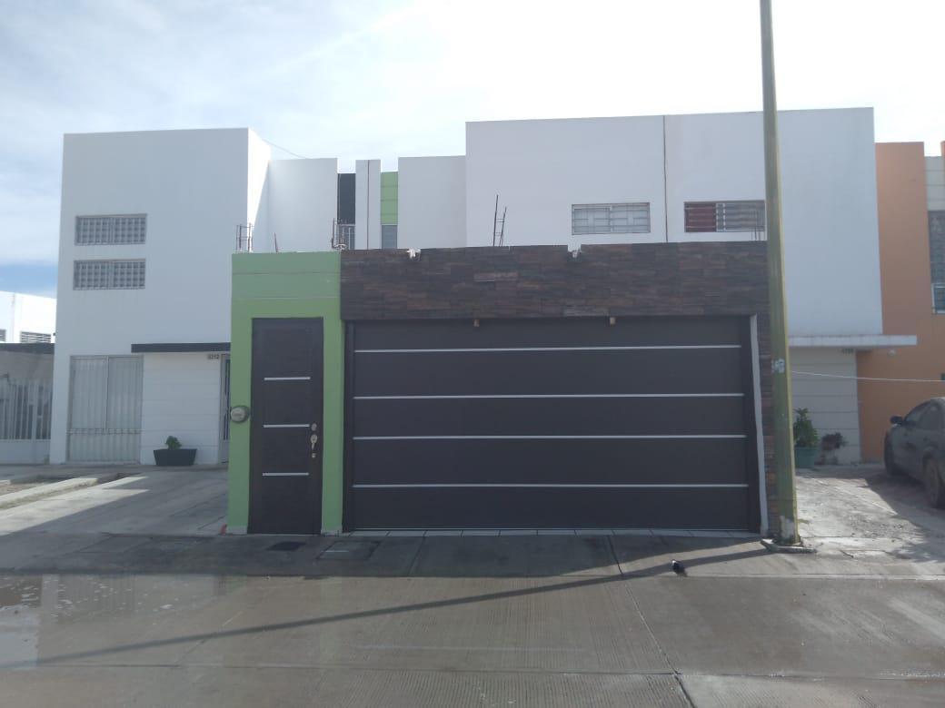 Foto Casa en Renta en  Fraccionamiento Zona Dorada,  Culiacán  Rento Casa Semiamueblada Zona Dorada Nvo Hospital Gral