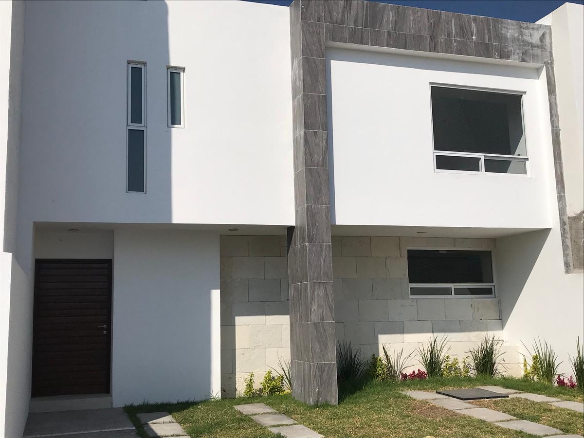 Foto Casa en Venta en  La Condesa,  Querétaro  Estrena Casa en La Condesa Juriquilla con recámara en PB