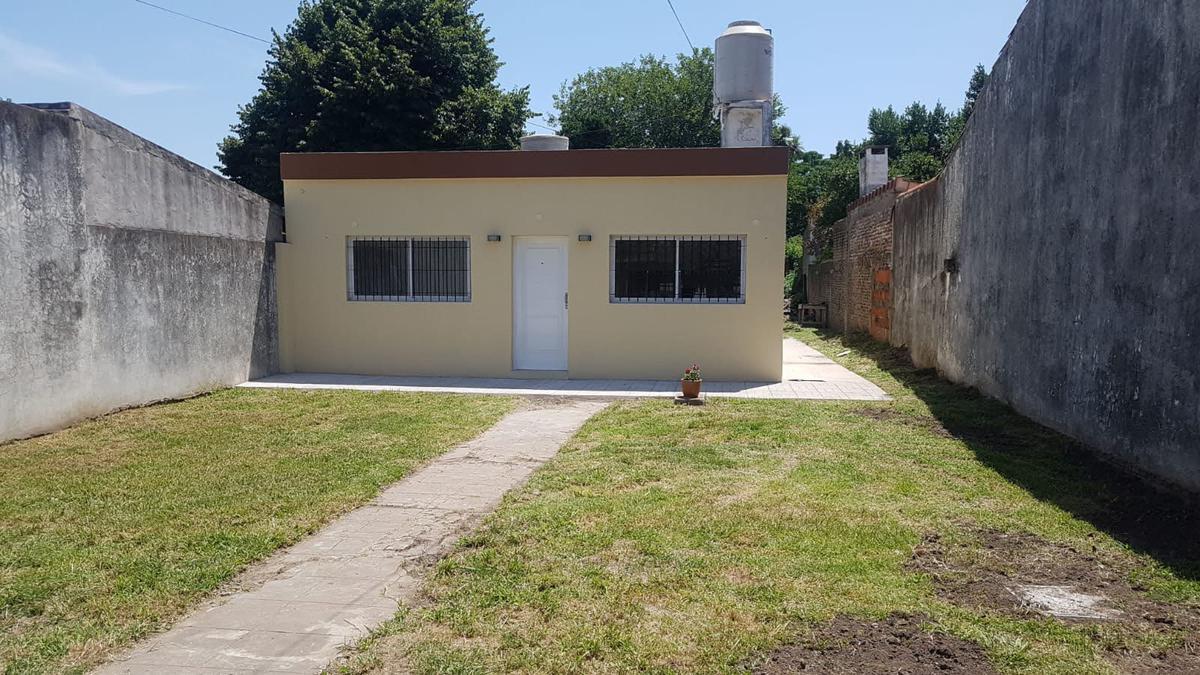 Foto Casa en Venta en  Moreno,  Moreno  Arntartida Argentina al 300