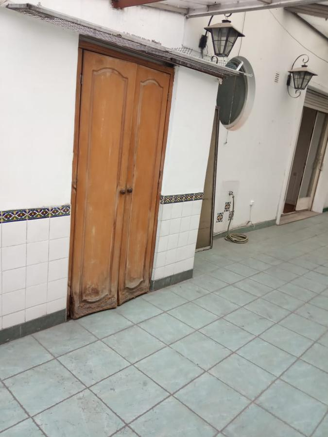 Foto Departamento en Venta en  Monserrat,  Centro  Hipolito Yrigoyen 1700