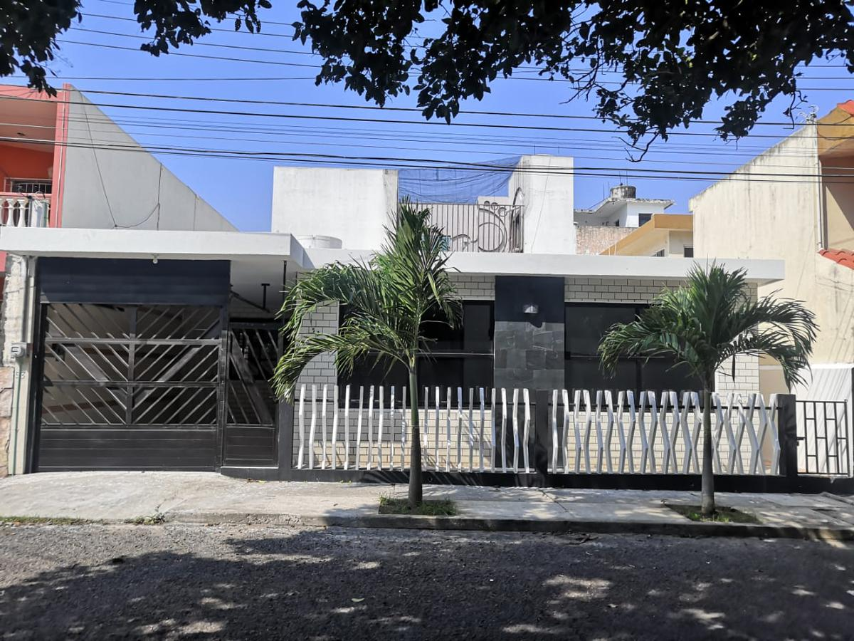 Foto Casa en Venta en  fraccionamiento reforma,  Veracruz  Casa en Venta Fraccionamiento Virginia, Veracruz
