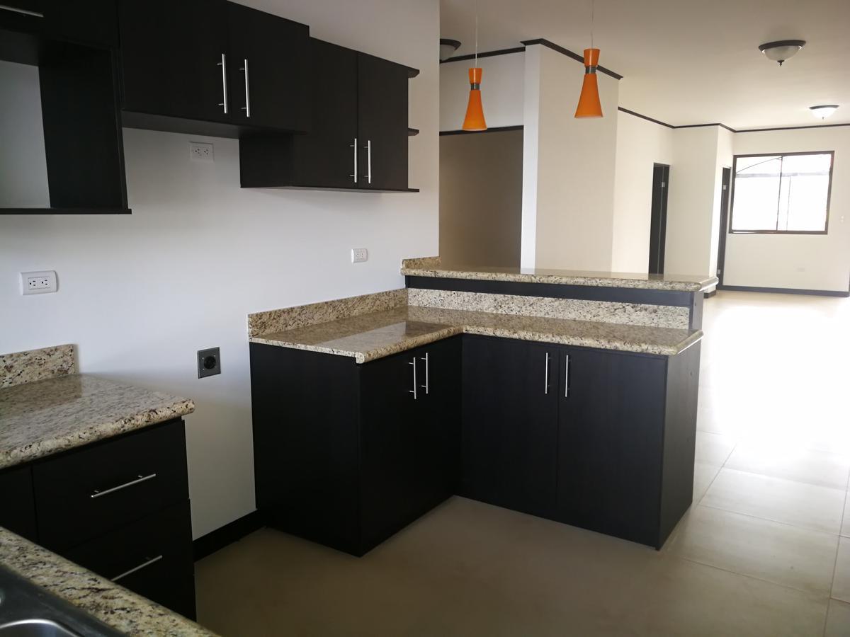 Foto Departamento en Venta en  Pavas,  San José  Apartamento en Rohrmoser / 3 habitaciones / Estrenar
