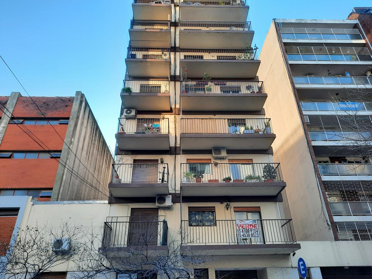 Foto Departamento en Alquiler | Venta en  Palermo ,  Capital Federal  Santos Dumont al 2400
