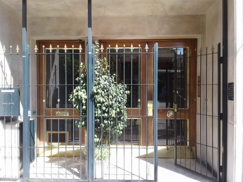 Foto Departamento en Venta en  Flores ,  Capital Federal  Rivadavia al 6400 entre Carabobo y Lautaro