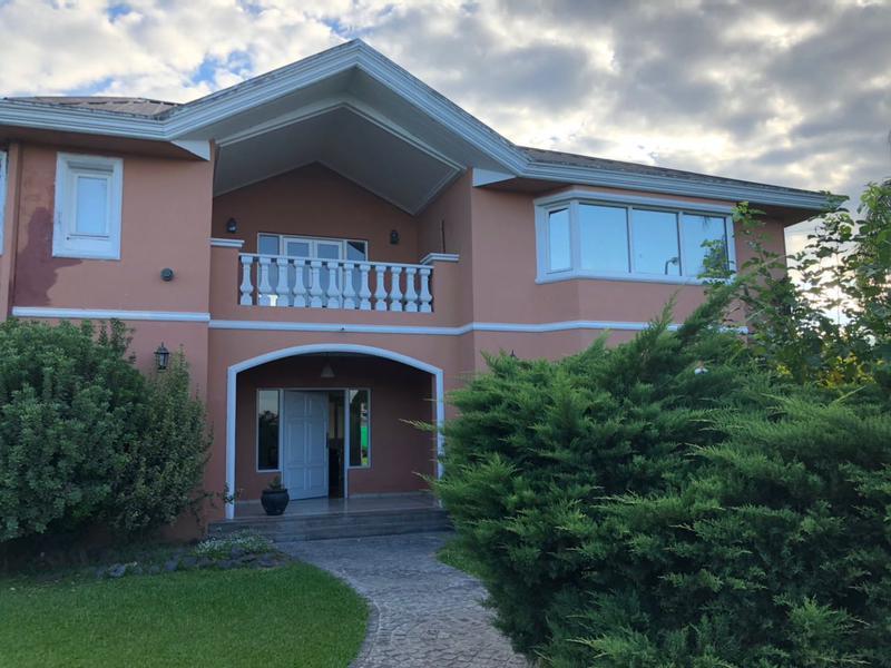 Foto Casa en Venta en  Yerba Buena ,  Tucumán  COUNTRY MARCOS PAZ