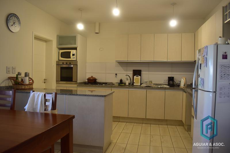 Foto Casa en Venta en  Miradores de Manantiales,  Cordoba Capital  Miradores de Manantiales