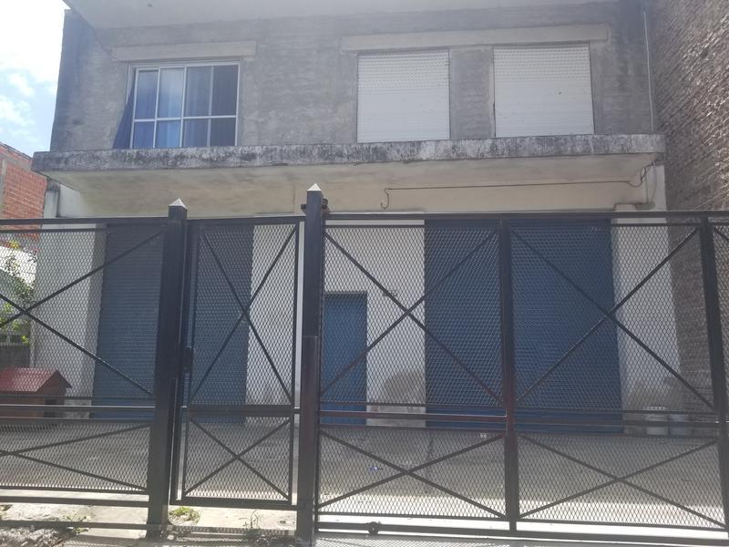 Foto Casa en Venta |  en  Virreyes,  San Fernando  Perez Galdos al 2100