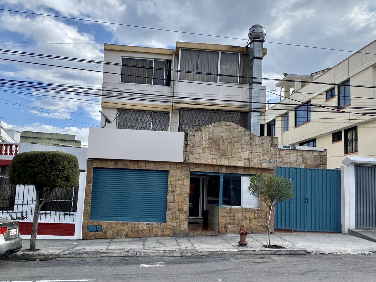 Foto Casa en Venta en  Norte de Quito,  Quito  Vaca de Castro y Simón Cárdenas Proaño