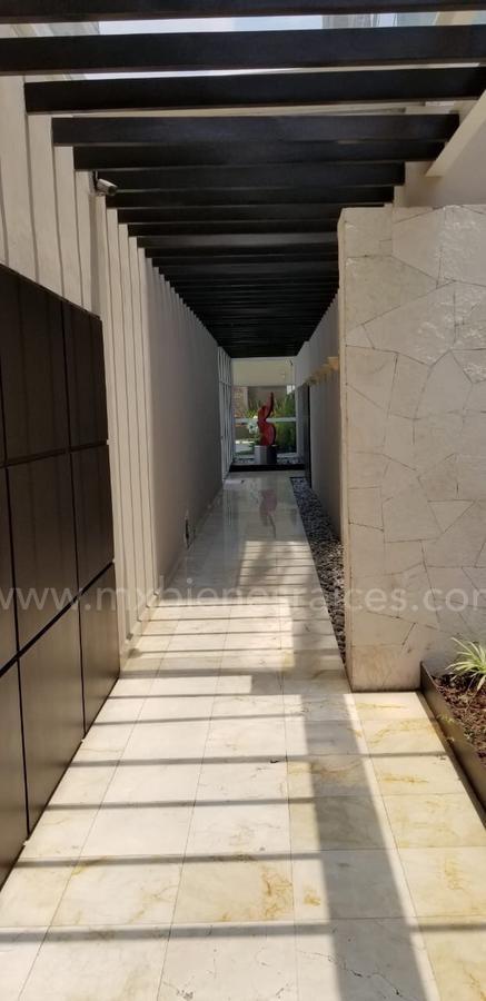 Foto Departamento en Venta en  Hacienda de las Palmas,  Huixquilucan  OPORTUNIDAD Residencial Scala
