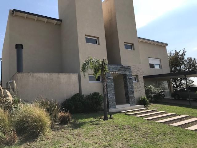 Foto Casa en Venta en   La Rufina,  La Calera  LA RUFINA - Casa en Venta