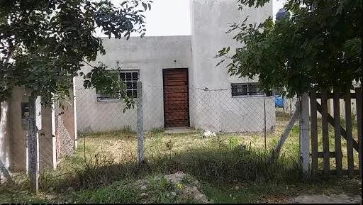 Foto Casa en Venta en  Arturo Segui,  La Plata   424 e/ 223 y 223 Bis