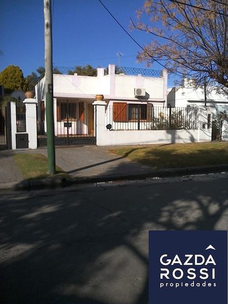 Foto Casa en Venta en  Adrogue,  Almirante Brown  ILLIA 152