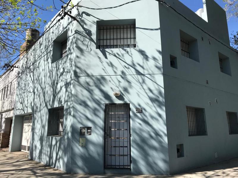 Foto Departamento en Alquiler en  La Plata ,  G.B.A. Zona Sur  117 esquina 40