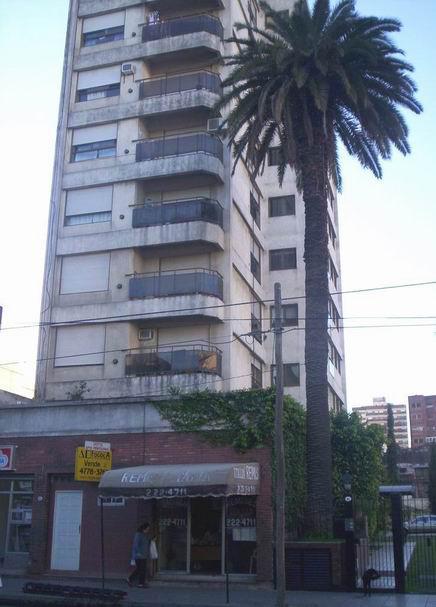 Foto Cochera en Venta en  Avellaneda ,  G.B.A. Zona Sur  Italia 189