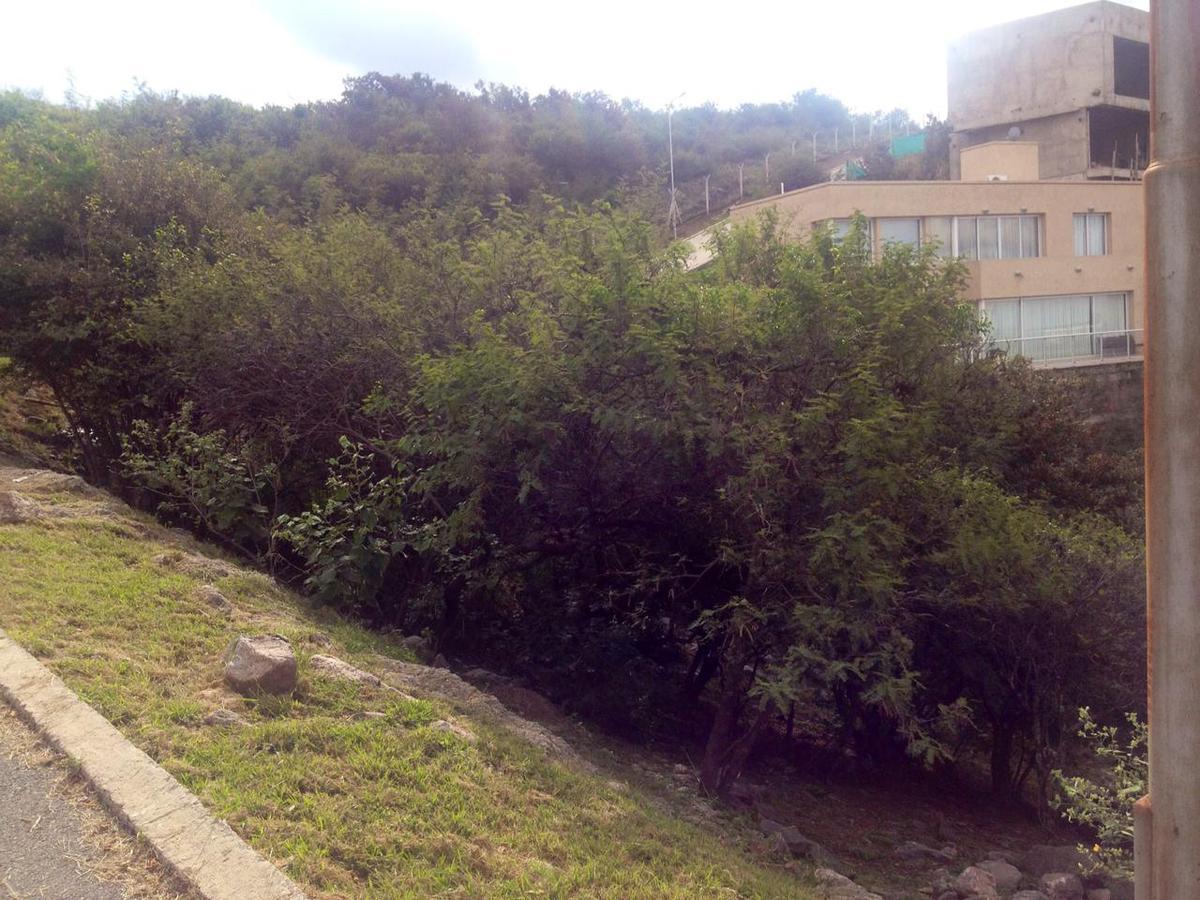 Foto Terreno en Venta en   La Rufina,  La Calera  Lote en La Rufina