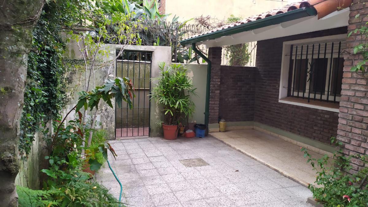 Foto Casa en Venta en  Martinez,  San Isidro  Saenz Valiente 58 Unidad 2